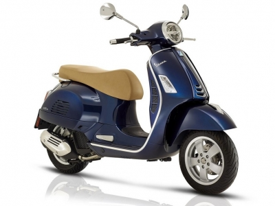 Vespa GTS 300 HPE Blue Metallic