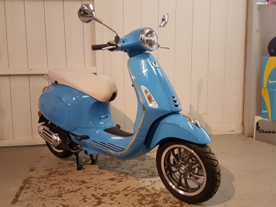 Vespa Primavera 50th Anneversario