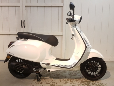 Vespa Black Edition